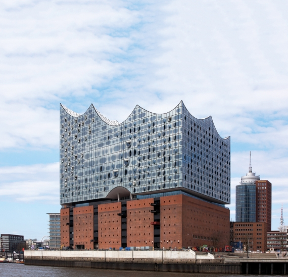 Guardian Glass talks through its recent project comprising a complex facade in Hamburg
