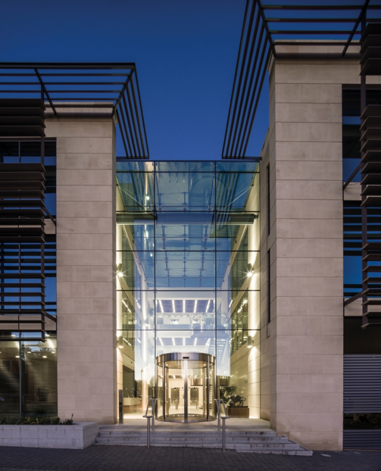 Pilkington structural glazing system helps UK practice achieve spectacular atrium design