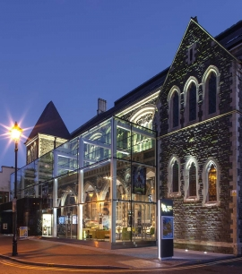 The Art of Restoring Heritage Buildings with Glass
